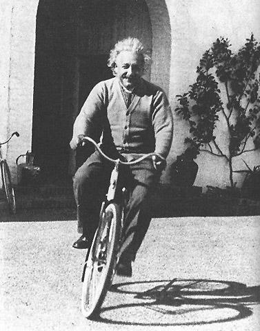 einstein-cycliste