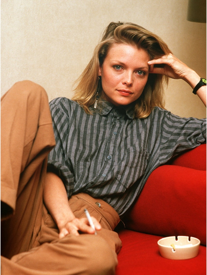 Michelle-Pfeiffer-michelle-pfeiffer-24757984-801-1066